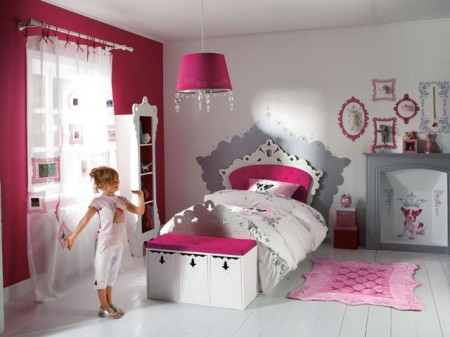 chambre petite fille 3 ans. Black Bedroom Furniture Sets. Home Design Ideas