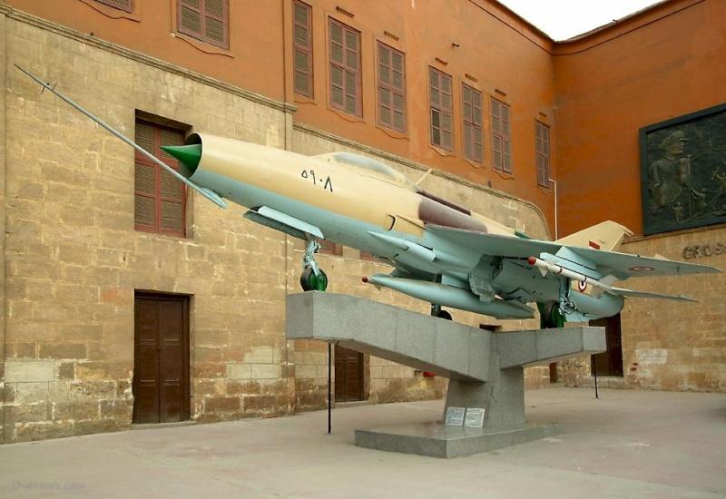قلعة صلاح الدين الأيوبى milita10.jpg