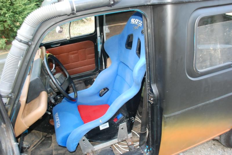renault 4 f6 ready for 4l trophy 2k10 crazy auto. Black Bedroom Furniture Sets. Home Design Ideas