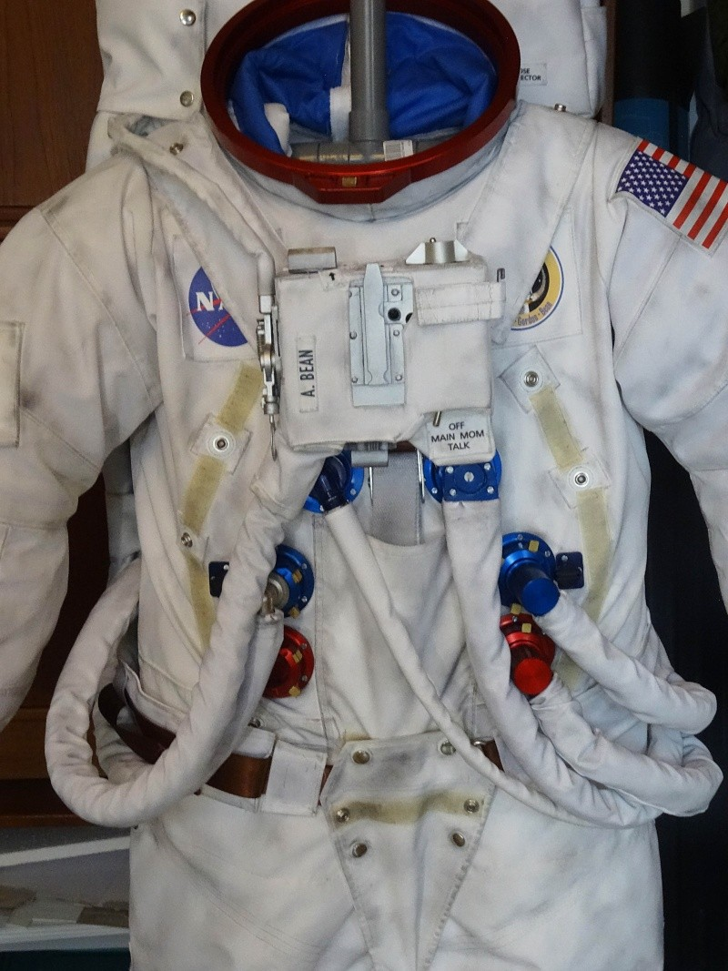 apollo replica space suit - photo #5