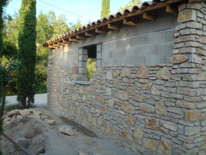 cr ation d 39 un parrement en pierre avec joint creus. Black Bedroom Furniture Sets. Home Design Ideas