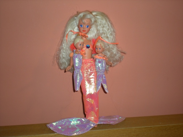 Mes pink box 90 39 s - Barbie sirene magique ...