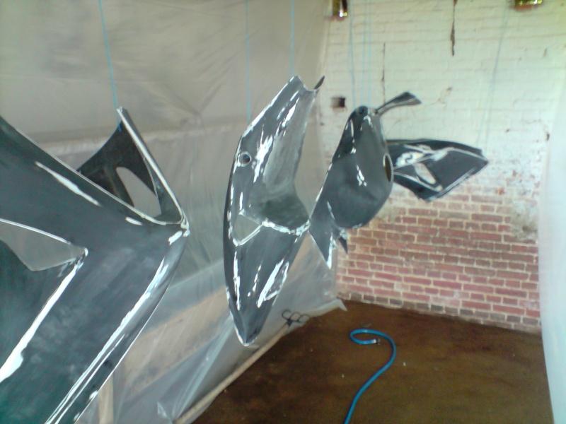 Cr peinture poly pour mon 1000 cbr - Comment faire de la peinture maison ...