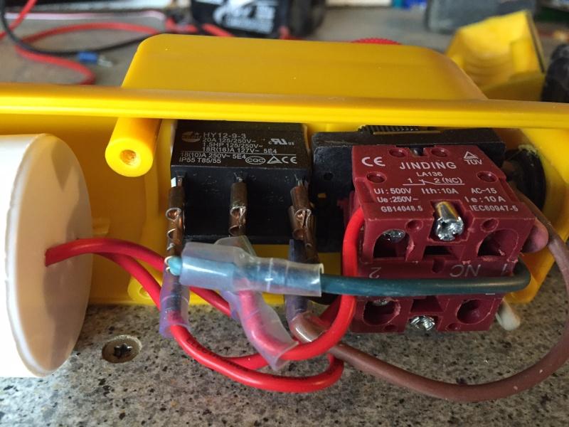 Mettre une telecommande radio sur un treuil 220 avec - Boitier cache fil electrique ...