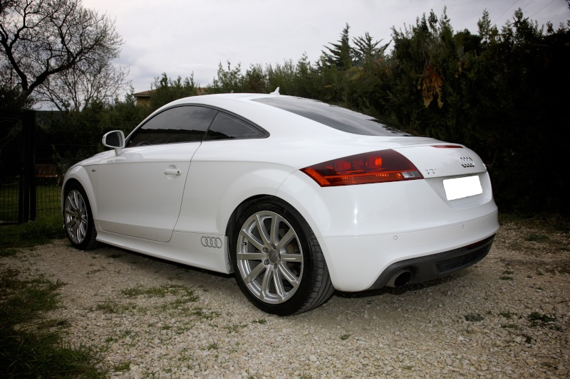 a vendre audi tt 2 0 quattro sline stronic 6 rapports. Black Bedroom Furniture Sets. Home Design Ideas