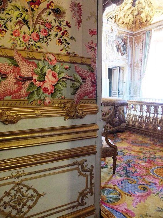 Versailles la chambre de la reine page 5 for Chambre louis xvi versailles